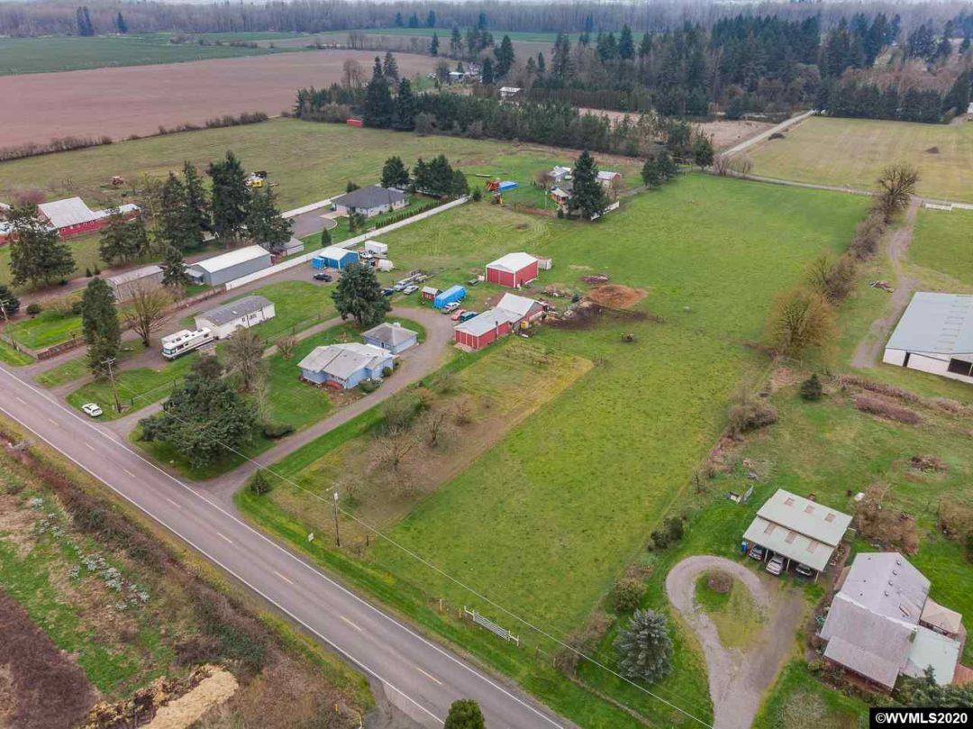 Farmland in Stayton Oregon   6358 Stayton Road, Stayton, Oregon 97392